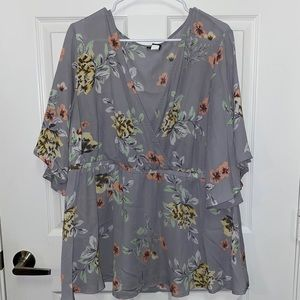 Torrid Grey Floral Blouse Size 3
